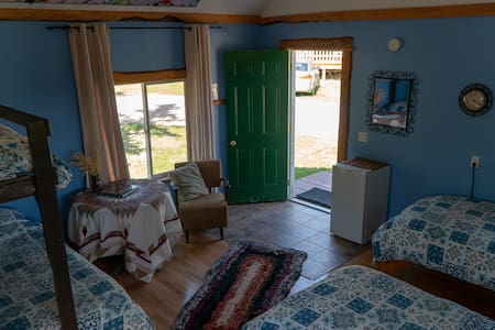 Spacious Bunkhouse at Ness Creek