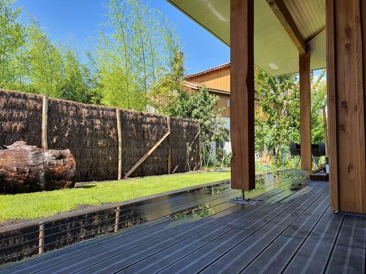 Belle maison avec jardin et grande terrasse