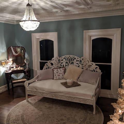 The Bridal Room at The Pink Rosebud
