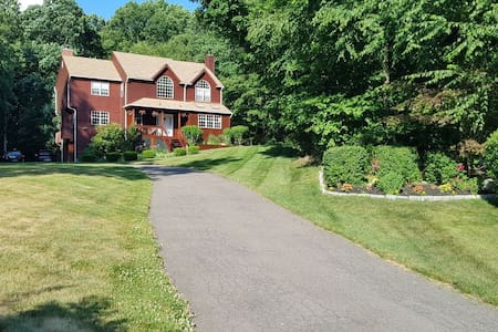 Comfy&Cozy in Spacious Peekskill Modern Colonial-B