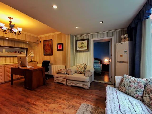 别墅里的艺术之家(套房)
