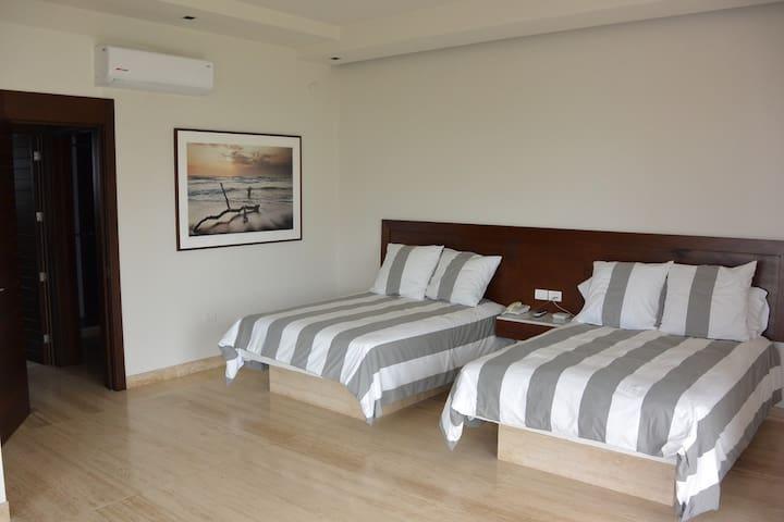 Suite QS - Bedroom 2
