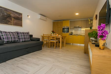 Old Town - Studio apartment Marin - Trogir
