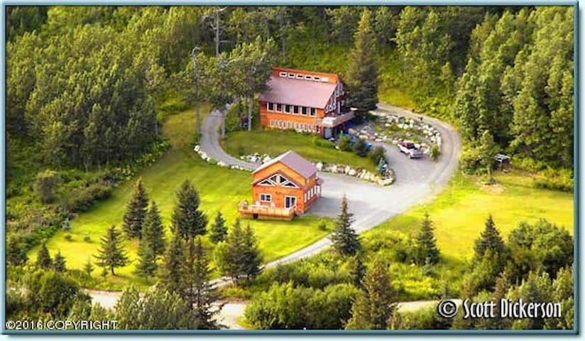 Wildfoot Lodge
