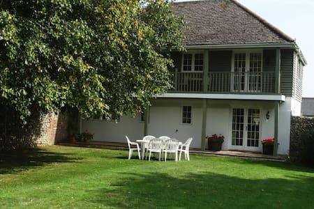 The Cottage at Murrayfield House, Chichester - Chichester