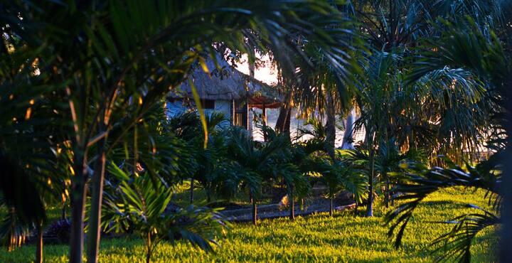 Cabaña con Frente a Laguna de 2 a 4 personas.