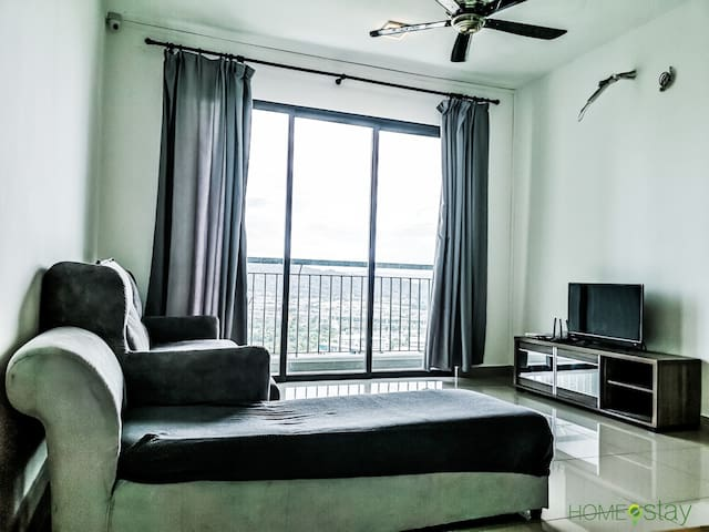 Simple Home Near Bukit Jalil Stadium/Axiata Arena