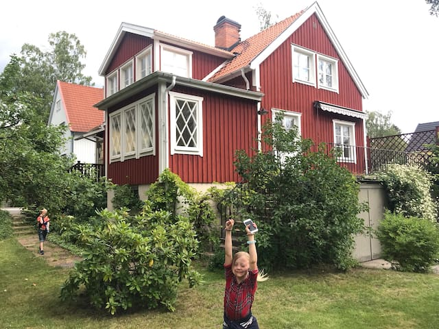 Wonderful house in Sthlm - perfect for families!