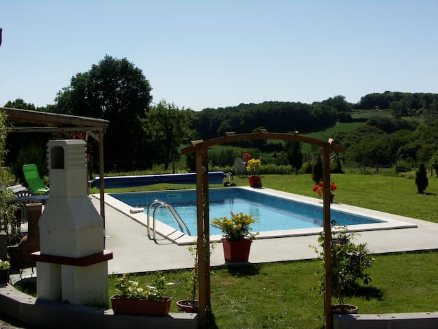 Chalet de Rose,  2 Bedroom Gite with Swimming Pool