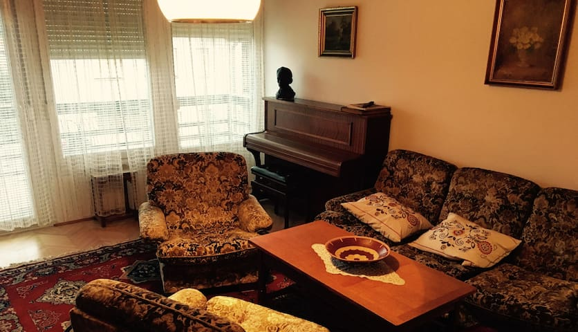 Pianino House Apartment