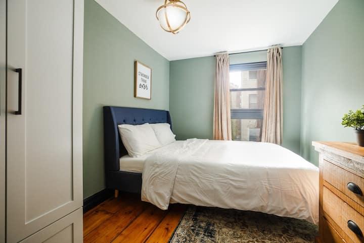 Spacious Full Bedroom in West Village