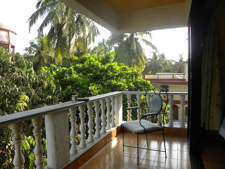 Ye-lo home -2 Bedroom Apt in Baga, North Goa