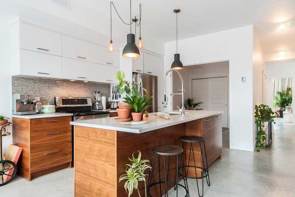 Salon/Cuisine/Salle à manger-Livingroom/Kitchen/Diningroom