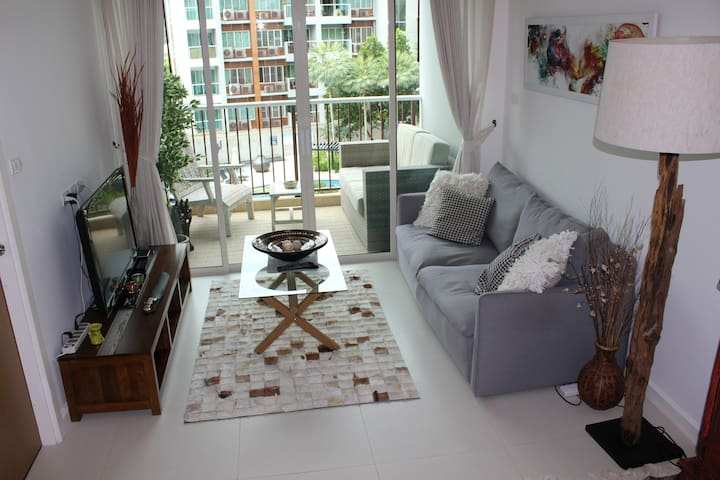 **BEAUTIFUL** 1 bed quiet area near beach Seacraze - Khao takiab - Apartamento