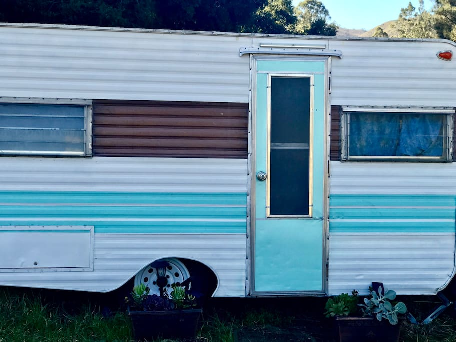 NoWe is a 1973 NorthWest Little Dipper Camper, renovated from the inside out.