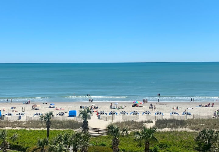Beautiful Ocean Front Beach Front Condo