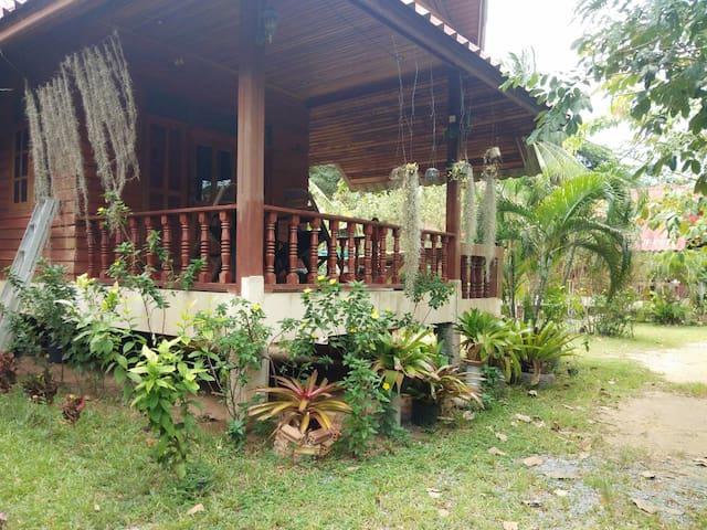 Wisinee wooden house Type B