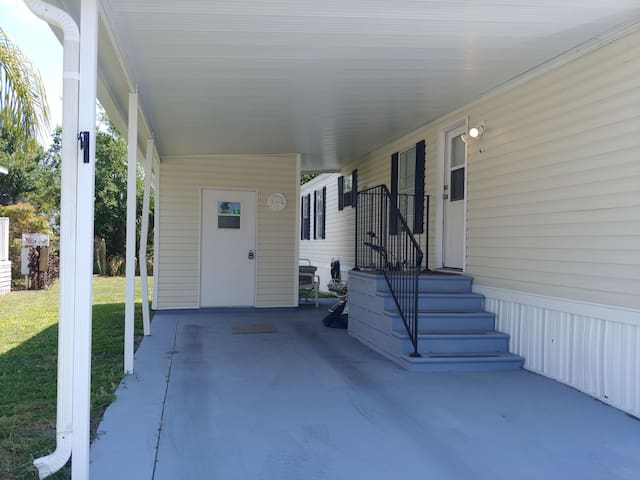 UNFURNISHED MOBILE HOME FOR RENT ADJUSTERS WELCOME