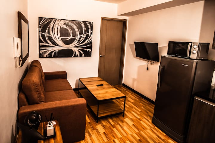 Affordable 1 bed room in Mall of Asia