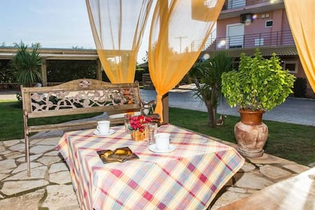 Cozy flat in an olive grove 1.5km to a sandy beach