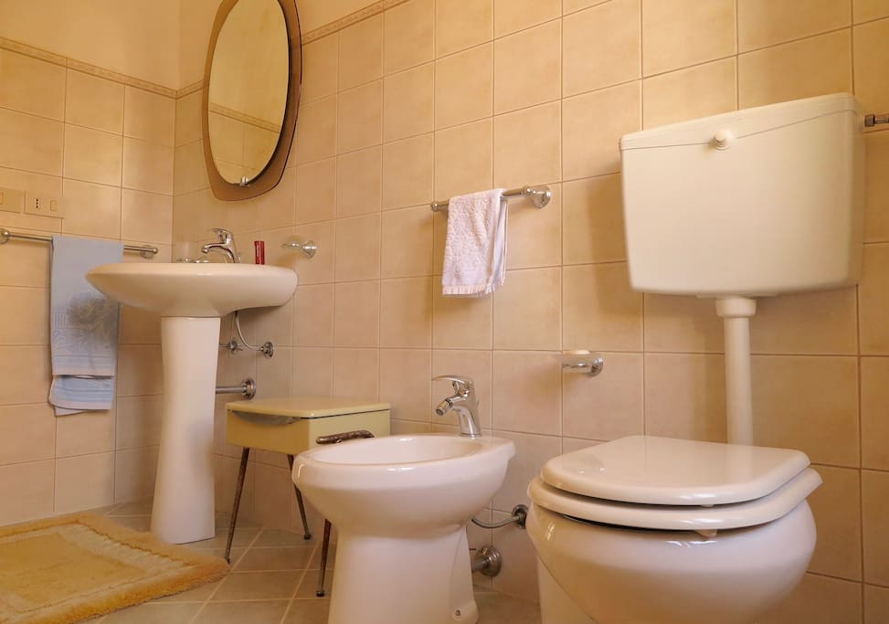 House in the old town of giuliana houses for rent in - Bagno italia giuliana ...