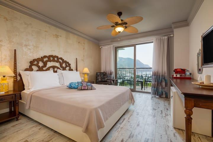 Deniz Manzaralı Çift Kişilik Oda | Esperanza Hotel