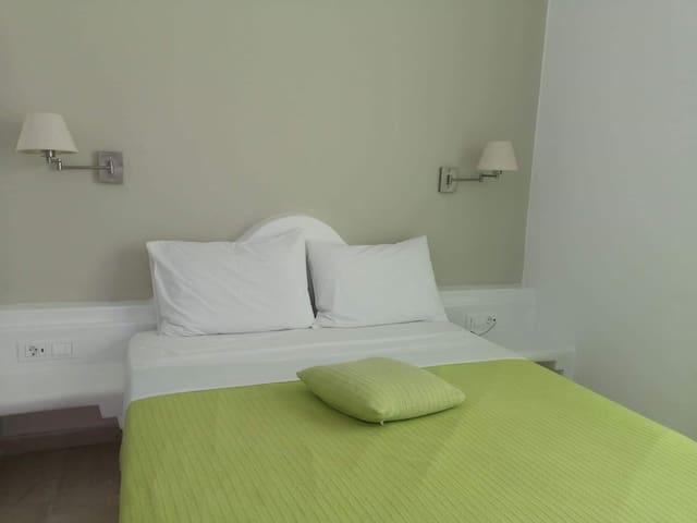 INO HOTEL B20