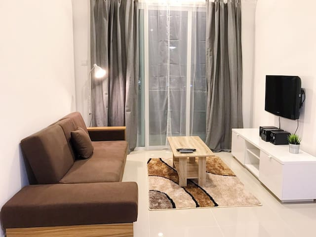 Cozy New Modern Serviced apartment NEAR Mid Valley - Kuala Lumpur - Apartment