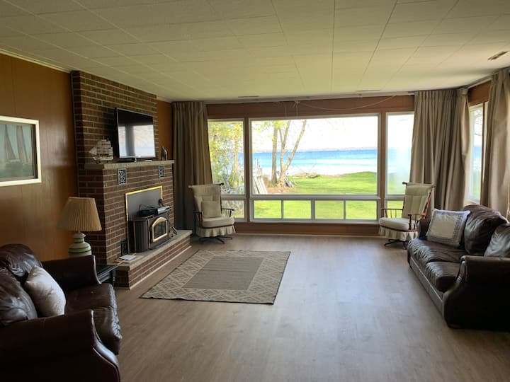 Lake Simcoe - Waterfront Cottage, 45 min from GTA