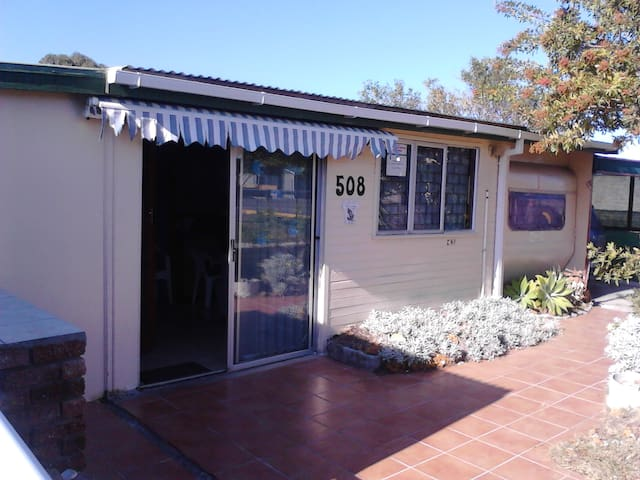 Cabin 508 Uilenkraalsmond Gansbaai - Gansbaai - Hytte