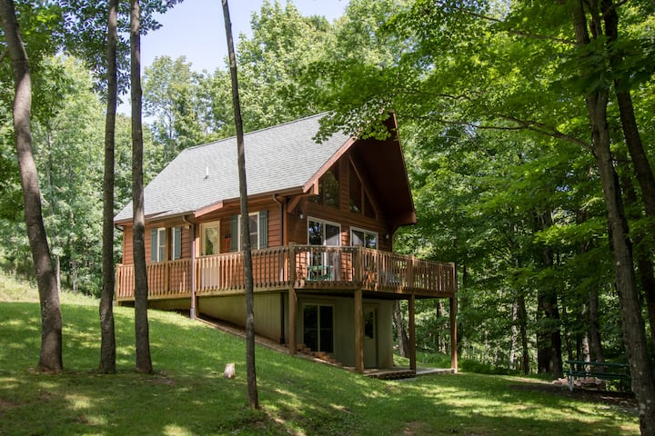 Secluded Mountain Retreat! Near Spruce Knob!