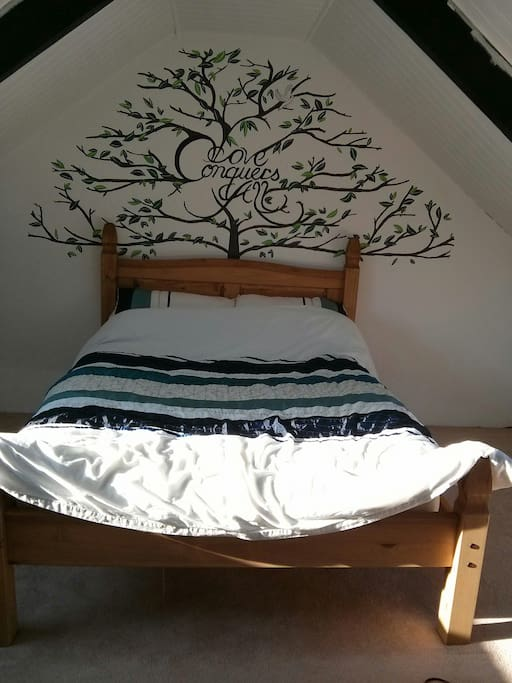 Private double room in the loft