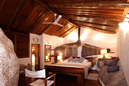Private Room in a Private Island, esclusive room!
