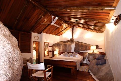 Private Room in a Private Island, esclusive room!