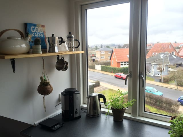 Bright n' friendly place in Skibhus - Odense - Flat