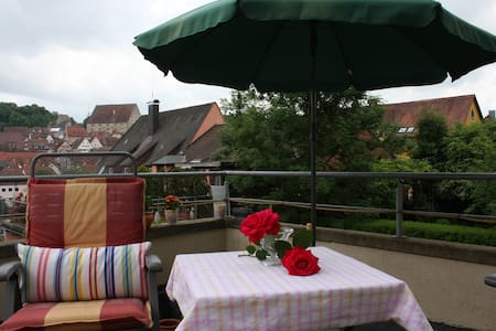 Nice room with an own terrace - Schwäbisch Hall - Apartment