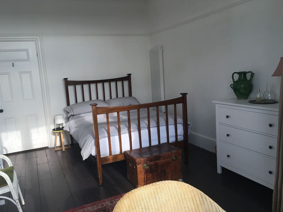 The light and spacious double room