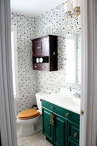 The Blue Suite with private bath- Benton Park