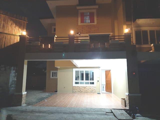 A brand new 3 bedroom home Parañaque