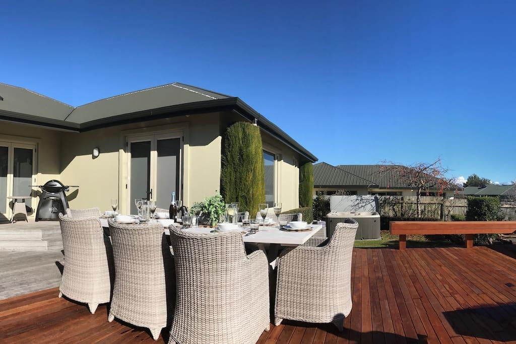 Outdoor deck area (1 of 2)