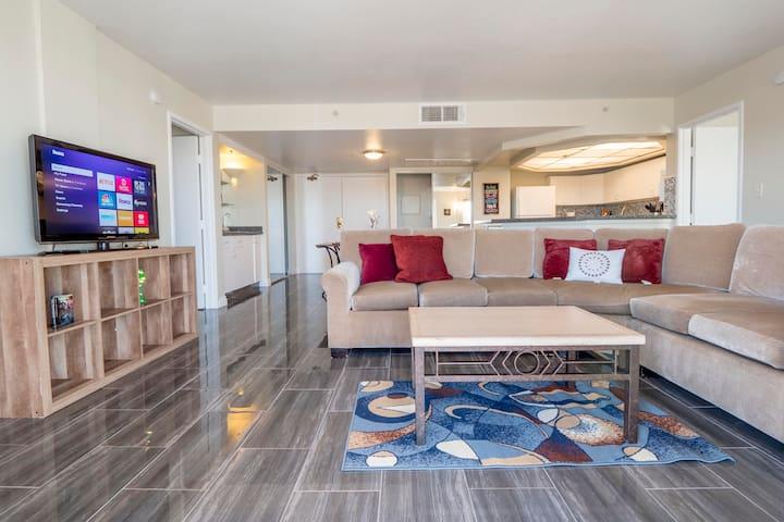 (C713)Amazing 2b/2b Apartment for LVCC Shows!!