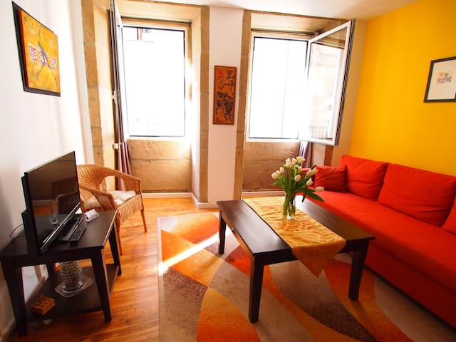 Cheerful Apartment in the Historic Center