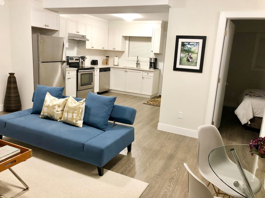 Brand New Two Bedroom Suite In A Luxury House Houses For Rent In White Rock British Columbia