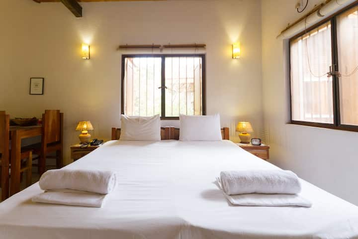 Deluxe Room @ Villa Shade Negombo