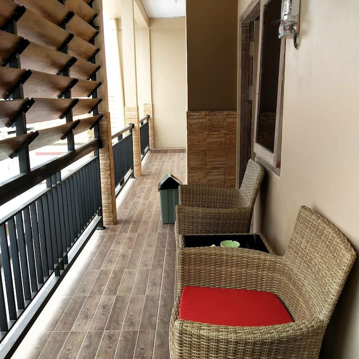 Lidah Lokal Triple Room with Balcony