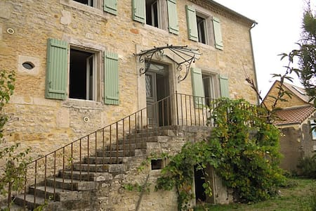 Country Manor Home & Gardens/Lascaux Caves-sleeps6 - Thenon - House
