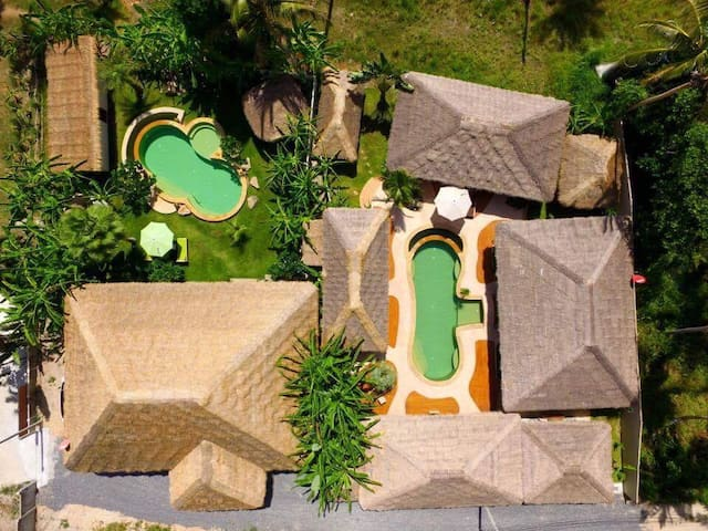 ★Baan Thamarchat★2 villas★2 pools★10 bedrooms★