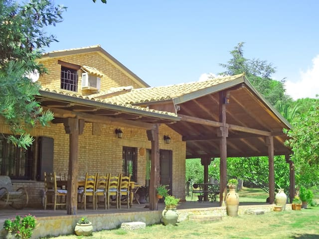 b&b VerdeMare Sabaudia and guesthouse - Bella Farnia, Sabaudia - Bed & Breakfast