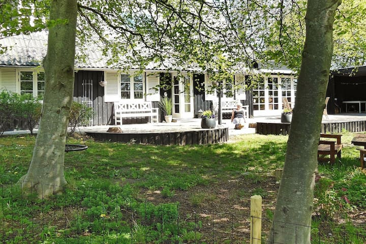 Magnificent Holiday Home in Logstor Jutland with Garden