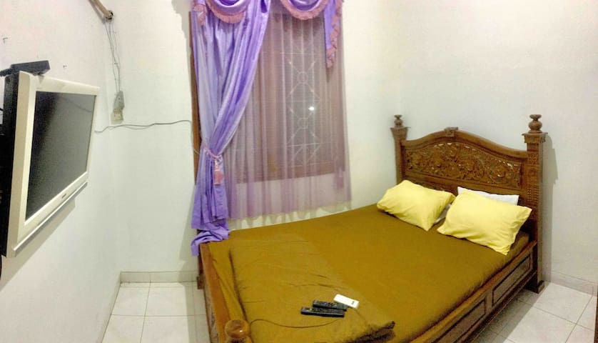 cilacap guesthouse ( Full house 4 bedroom )